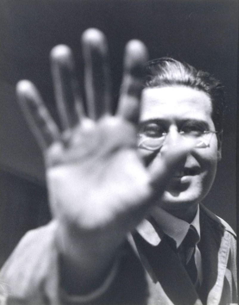 László Moholy-Nagy Portrait with raised hand
