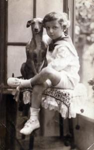 1918-Paul-dog-postcard-2**